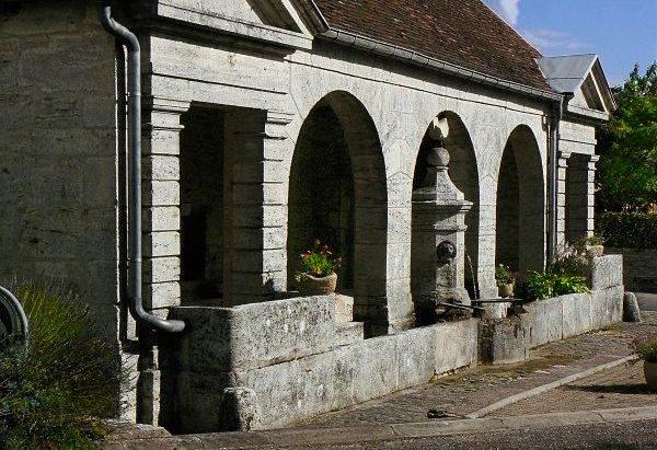 La Fontaine du Coq Sans Tête
