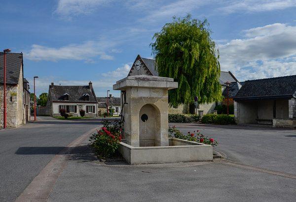 La Fontaine Place P. Labruyère