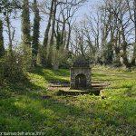 La Fontaine de la Chapelle de Kerdroguen