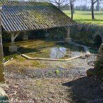 La Fontaine et le Lavoir de Magné