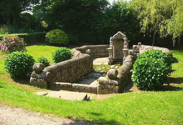 La Fontaine de la Trinité Langonnet