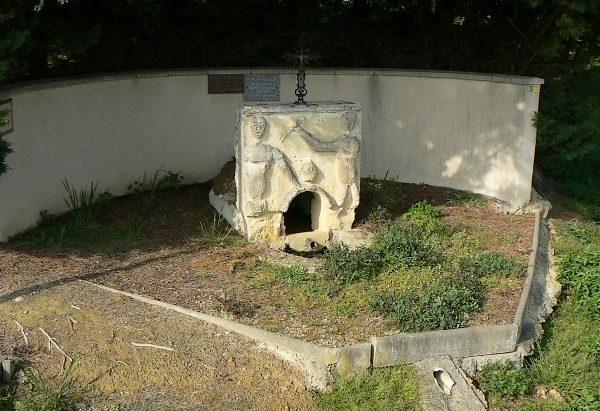 La Fontaine Saint-Pierre dite de Béougous