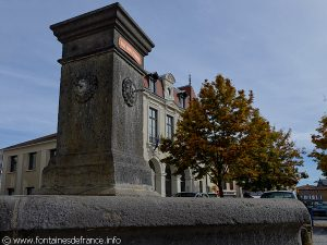 La Fontaine Place du Dr Darteyre