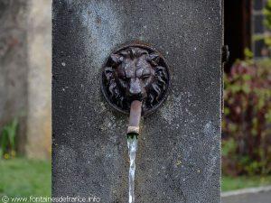 La Fontaine de l'Eglise de Manson