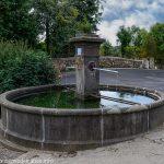 La Fontaine route de St-Aubin à Manson