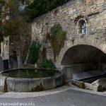 La Fontaine du Bac et le Lavoir