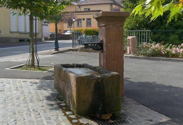 La Fontaine Place Jean-Claude Arenes