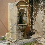 La Fontaine rue des Istres