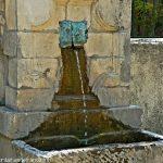 La Fontaine du Bourg Merdeux