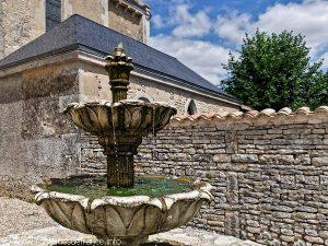La Fontaine Square de l'Eglise
