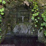 La Fontaine de Pierres Brunes