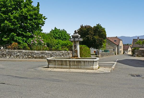 La Fontaine rue de la Louvalière