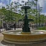 La Fontaine Square Marie Curie