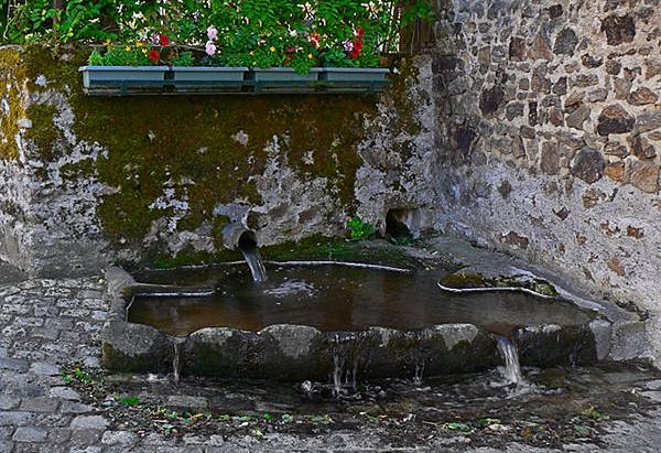 La Fontaine du Bourg