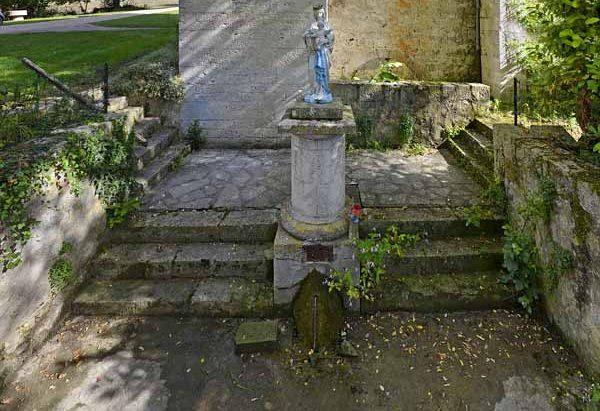 La Fontaine de Notre-Dame d'Esclaux