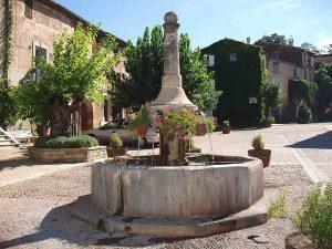 La Fontaine Place des Comédiens