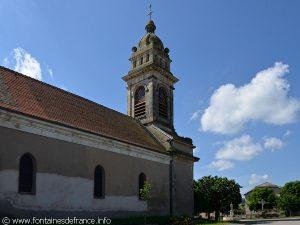 La Fontaine de Cérès et l'église
