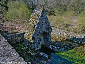 La Fontaine N-D de Crénénan