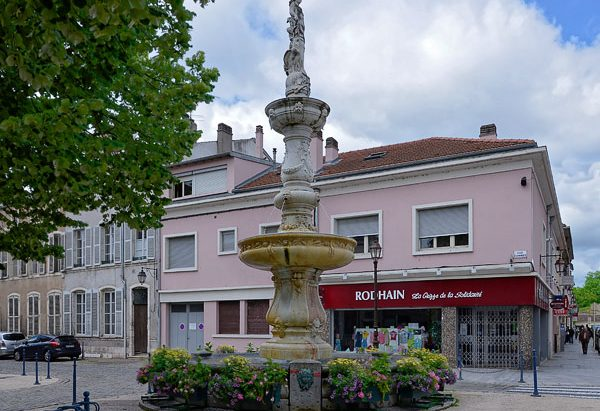 La Fontaine Curel