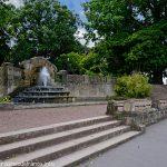 La Fontaine contrebas du Square Boufflers