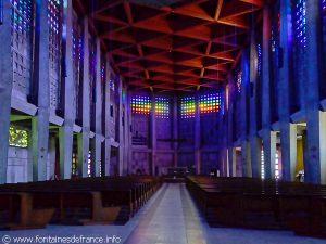 Intérieur de l'église St-Rémy