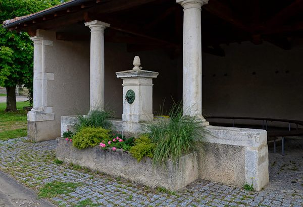 La Fontaine et le Lavoir