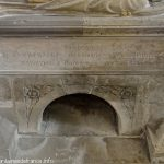 Base du tombeau de Saint-Euchaire