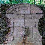 La Fontaine Square P.Billard