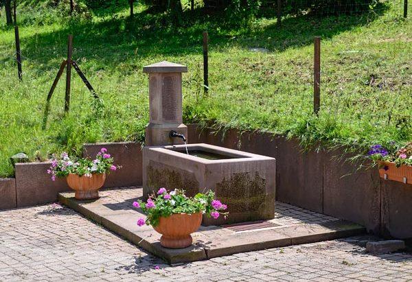 La Fontaine du Hameau de St-Léon