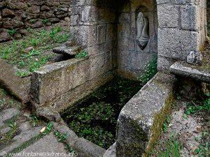 La Fontaine de la Trinité de Castennec