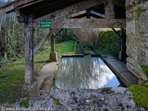 La Fontaine et le Lavoir St-Pierre
