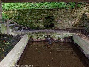 La Fontaine et le Lavoir de Chauchou