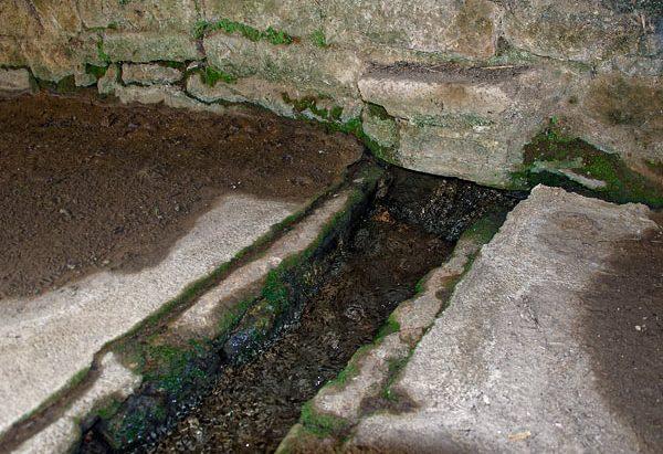 La Fontaine et le Lavoir de Phlé