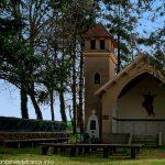 La Fontaine et la Chapelle