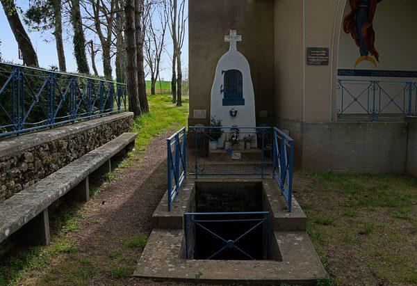 La Fontaine de la Chapelle Saint-Brice